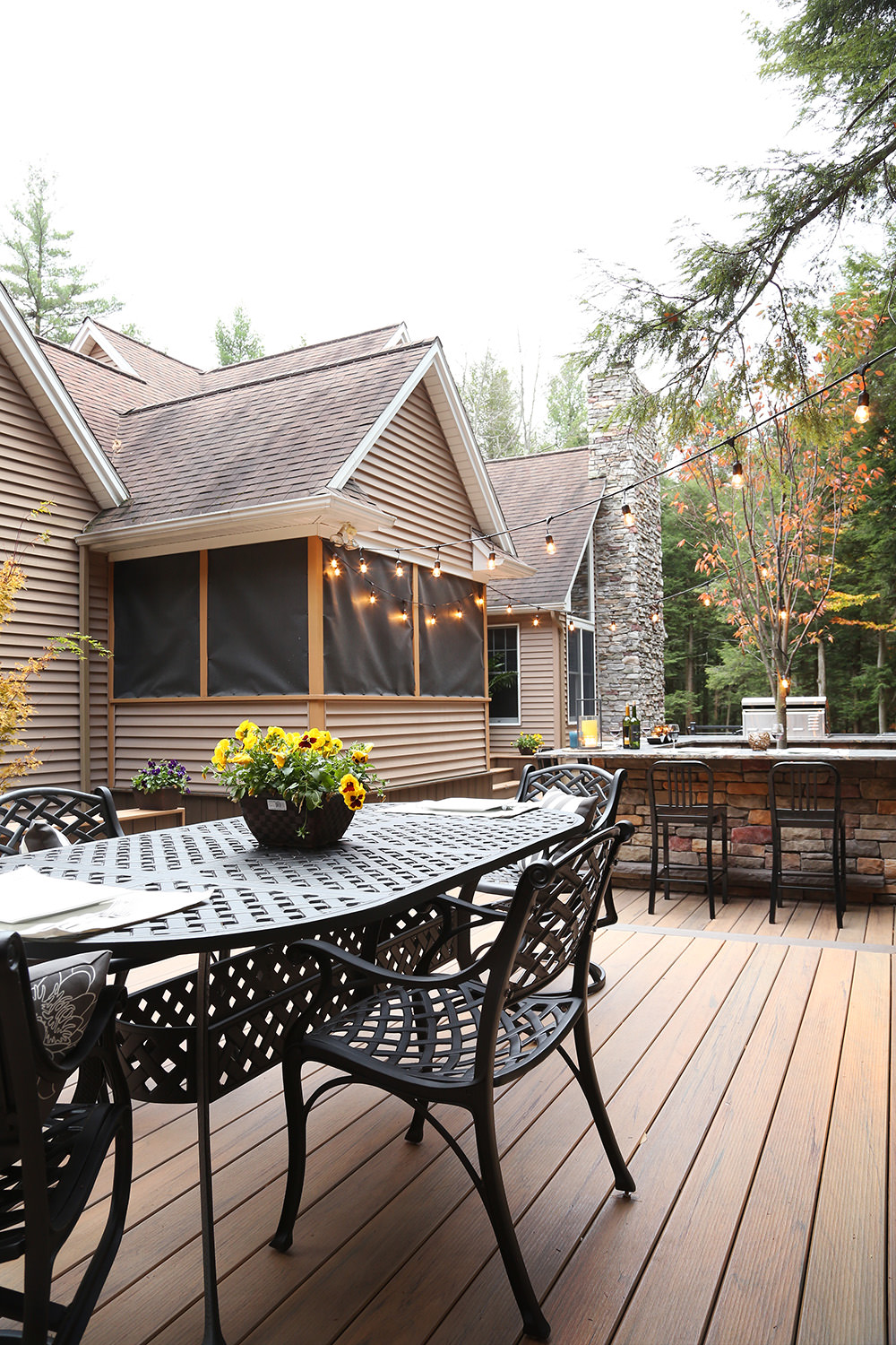 This open concept provides sheer relaxation and a real closeness with nature.