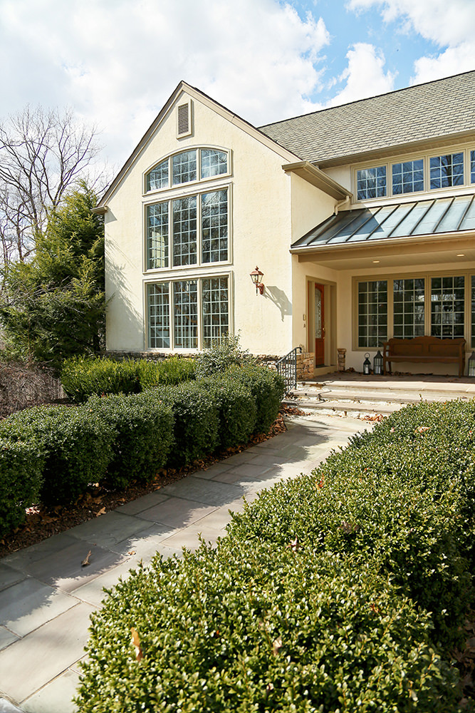 The existing landscaping didn't do this beautiful home justice and made it feel very outdated.