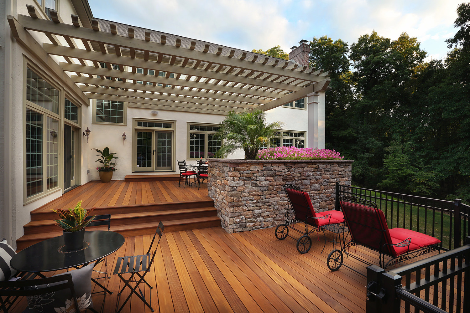 The homeowners were thrilled that the finished deck looked exactly like the 3D model they were shown weeks before. Absolutely stunning.