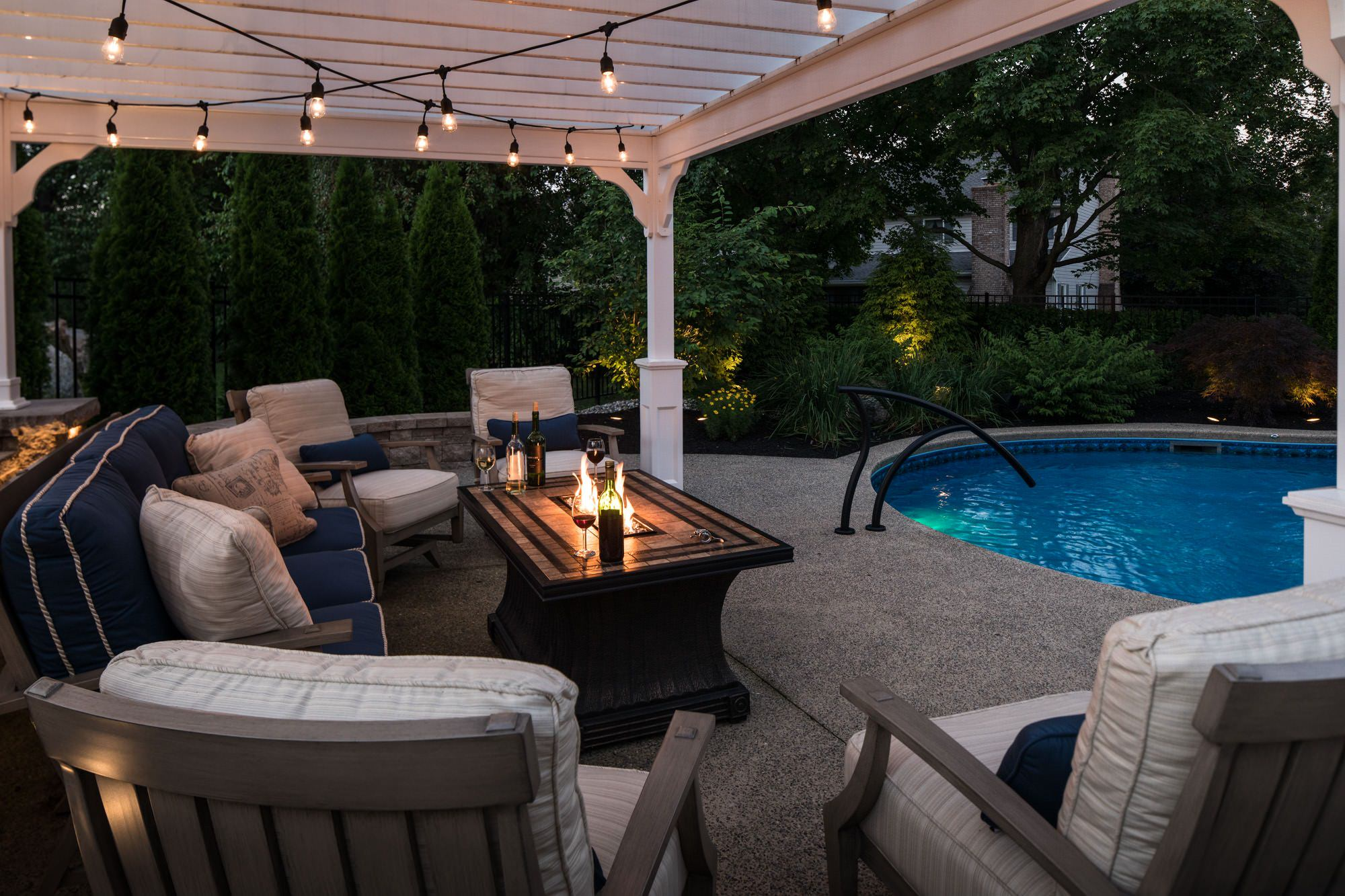 When the sun goes down, the lights and fire come alive!  Doesn't this look utterly relaxing?